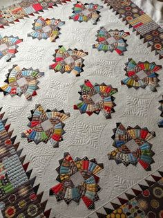 Twirling Fans Quilt (Sew Kind Of Wonderful)