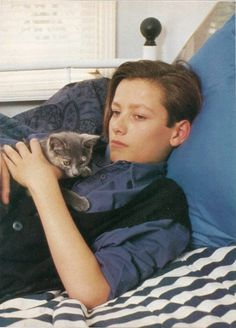 Omg I was obsessed with him when I was young haaaha Edward Furlong, Beautiful Person, Beautiful Boys, Pretty Boys, Blake Steven, John Connor, Celebrity Siblings, Young Cute Boys, Adolescents