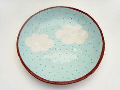 Hand Painted Cloud plat en céramique poterie par susansimonini, $40.00