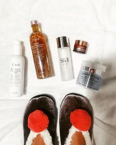 @prep.me.pretty: Tonight's skincare routine 💫🌙 💖 ✨ @freshbeauty soy face cleansing milk ✨ @freshbeauty rose deep hydration facial toner ✨ @skii facial treatment essence ✨ @kiehls powerful wrinkle reducing night cream ✨ @firstaidbeauty ultra repair cream AND my fav @fuzzybabba slippers