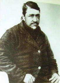 Hierdie foto van Kruger wat in 1864 geneem is hang in Krugerhuis in Pretoria. this Day in History: Oct Paul Kruger, the face of Boer resistance against the British during the Second Boer War is born Joining The Military, History Images, Kruger National Park, Zulu, African History, Historian, Childhood Memories, South Africa, Two By Two