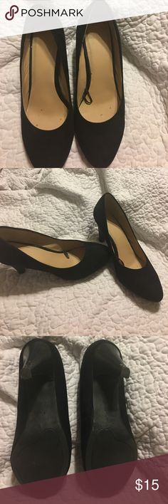 H&M heels A few scuffs.  When worn not noticeable. Worn only a few times for special events . Simple black heels 👠. Says Euro 41 US 10 . Velvet black feel. 3in heel from top of heel. H&M Shoes Heels