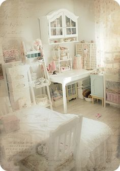 Shabby Chic craft room.This is in German but I could drool over the pics for hours.