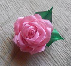 Цветы из ткани. Как сделать розу из атласной ленты.DIY Rose