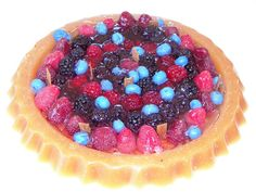 Mixed fruits pie candle by NorthStarCandleLight on Etsy, $21.95