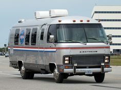 All sizes | NASA - 1983 Airstream Excella Astrovan @ KSC | Flickr - Photo Sharing!