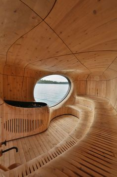 Unique and innovative, this might be a once in a lifetime experience as you don't have the view the Grotto Sauna offers in any other saunas. The feeling it gives, enjoying a sauna in a cave, even in a wooden cave, that's something you don't forget soon. Scandinavian Saunas, Scandinavian Architecture, Interior Architecture, Scandinavian Interior, Design Sauna, Lac Huron, Building A Sauna, Traditional Saunas, Places