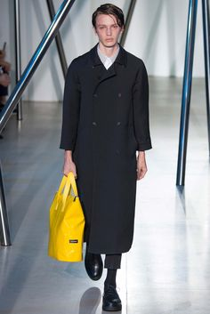 Jil Sander - Spring 2016 Menswear - Look 20 of 34?url=http://www.style.com/slideshows/fashion-shows/spring-2016-menswear/jil-sander/collection/20