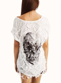 distressed graphic skull tee