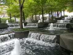 Avanti Fountain Place, Dallas - Designed by Landscape Architect - Dan Kiley