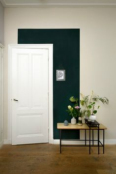 HISTOR trend colour for quiet clearing - PURE styling Decor, Living Room Green, Interior, Living Room Red, Home Decor, House Interior, Home Deco, Interior Design, Rugs In Living Room