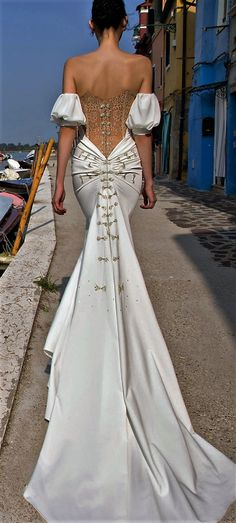 #rebeccaingram #rebeccabride #whiteweddinggown