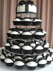Google Image Result for http://www.pinkfrostingcupcakes.com.au/images/BlackBowWeddingCupcakesAdelaide.JPG