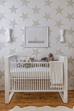 Project Nursery Neutral With Jill Malek Lucky Star Wallpaper Love The Stars