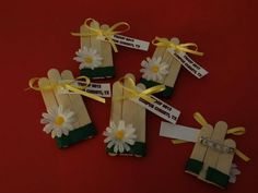 Promise Swap Idea - We made a version of these in Daisies - Some wooden craft sticks, daisy stickers from Michaels, Washi tape (instead of green ribbon) and a magnet on the back. We did not use the yellow ribbon and tag. Girl Scout Swap, Girl Scout Leader, Girl Scout Troop, Swaps For Girl Scouts, Cub Scouts, Brownie Girl Scouts, Girl Scout Cookies, Vintage Clipart, Girl Scout Bridging