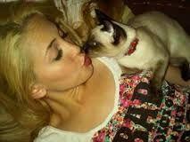Ambre, Actors, Fashion Models, Pets, Singers, Actresses, Love, Movie Stars, Martina Stoessel