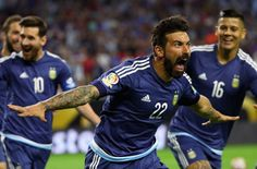 Ezequiel Lavezzi of Argentina celebrates scoring a first half goal against the United States. Lionel Messi, Soccer Players, Espn, Scores, It Cast, Football, Baseball Cards, Celebrities, Goal