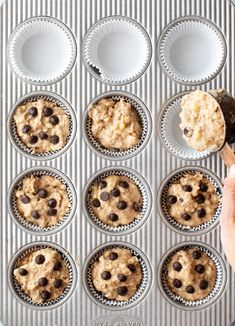 Vegan Chocolate Chip Banana muffins are perfect for packing for school lunches or baking in batches for breakfast throughout the week! They're moist from the banana and studded with bursts of chocolately flavor. Not too sweet for breakfast, but delicious Healthy Banana Muffins, Vegan Muffins, Banana Chocolate Chip Muffins, Chocolate Chip Recipes, Vegan Chocolate, Chocolate Chips, Banana Breakfast, Vegan Breakfast, Cupcakes