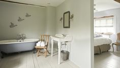 Cartshed Cottages at Sharrington Hall - gallery