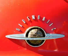 Oldsmobile Car Badges, Car Logos, Vintage Auto, Vintage Cars, Car Bonnet, Car Cooler, Car Hood Ornaments, Art Deco Decor, Automotive Art