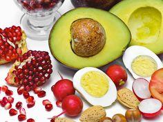 Bruk avocado i salaten for sunt fett og godt opptak av betakaroten.