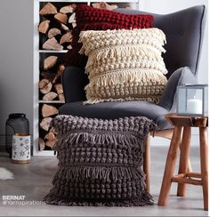 Bernat Tassel and Texture Crochet Pillow Free Pattern ⋆ Crochet Kingdom - fringe and easy stitches for a more modern look. Perfect for a living room sofa.Crochet Pillows Archives - Page 2 of 10 - Crocheting JournalThese fun, crocheted pillows make a big Chunky Crochet, Cute Crochet, Crochet Hooks, Crochet Poncho, Blanket Crochet, Easy Crochet, Crochet Pillow Patterns Free, Crochet Stitches, Knit Patterns