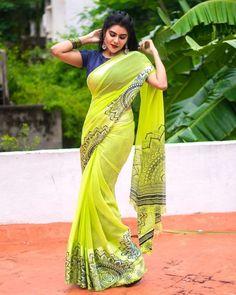Zero Size, Tamil Girls, Half Saree Designs, Saree Trends, Curvy Dress, Saree Models, Sexy Wife, Indian Beauty Saree, Beautiful Saree