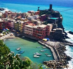 Cinque Terre, Italy: http://peachesncreme.org/2015/09/14/sundress-by-the-sea-in-cinque-terre/
