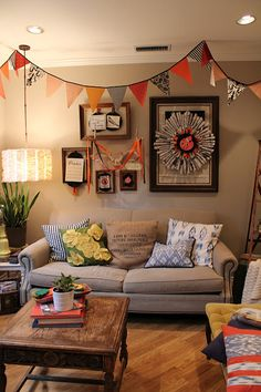 Why would we save ALL our energies for Christmas decorations, when we could have this lovely display for Autumn?