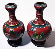 Pereche de vase pentru flori Vase, Home Decor, Feral Cats, Decoration Home, Room Decor, Vases, Home Interior Design, Home Decoration, Interior Design