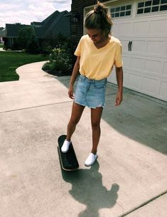 Cute outfits for teens, cute college outfits, summer school outfits, back to school Cute Summer Outfits, Spring Outfits, Cute Outfits, Summer Clothes, Summer School Outfits, Everyday School Outfits, Back To School Outfits For Teens, Summer Pants, Summer Hair