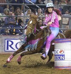 Fallon Taylor & Babyflo at the Houston Rodeo Barrel Racing Saddles, Barrel Racing Horses, Barrel Horse, Barrel Racing Quotes, Western Horsemanship, Rodeo Outfits, Riding Outfits, Woman Riding Horse, Fallon Taylor