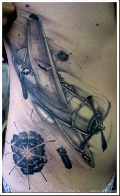 1000 images about tattoo on pinterest plane tattoo wwii and pirate tattoo. Black Bedroom Furniture Sets. Home Design Ideas
