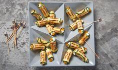 Zucchini-Frischkäse-Röllchen Rezept: Gegrillte Zucchini-Scheiben mit Frischkäse-Aprikosenfüllung für die Party - Eins von 5.000 leckeren, gelingsicheren Rezepten von Dr. Oetker!