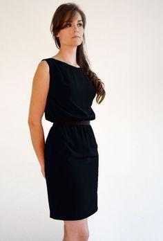 Articles similaires à Black dress sleeve less sur Etsy. Robe De SoiréeRobe  Noire ... a6d13b35d60a