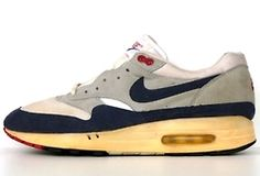 Nike Vintage 1980 Air Max Sneakers, Sneakers Nike, Vintage Nike, Nike Air Max, Air Max One, Kicks, Shoes, Runners, Fashion