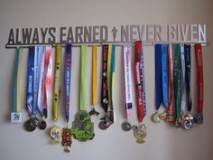 Ideas+For+How+To+Display+Your+Running+Race+Bibs+And+Medals