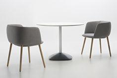 Betinha stoel en Baba tafel van Maxdesign