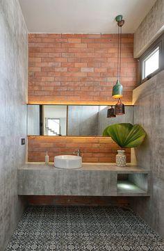 Adding Concrete to the Bathroom in Style: Modern Minimalism Unleashed! Bathroom Adding Concrete to the Bathroom in Style: Modern Minimalism Unleashed! Decor, Creative Bathroom Design, Home Interior Design, Bathroom Decor, Industrial Bathroom Design, Industrial Decor, Concrete Bathroom, House Interior, Bathroom Design Trends