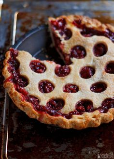 Strawberry Balsamic Pie Strawberry Balsamic, Strawberry Pie, Quiches, Cheesecakes, Pie Recipes, Baking Recipes, Baked Chicken Wings, Sweet Pie, Seasonal Food
