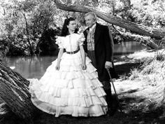 Vivien Leigh & Thomas Mitchell in Gone with the Wind (1939)