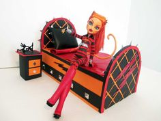 How to make a Toralei Stripe Doll Bed Tutorial/ Monster High