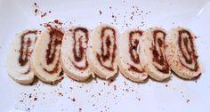 Sváteční nepečené roládky jsou ideálním receptem pro vánoční cukroví či během roku pro zdravé mlsání pro vaši návštěvu. Paleo Baking, Paleo Whole 30, Whole30, Sausage, Low Carb, Meat, Food, Low Carb Recipes, Meal
