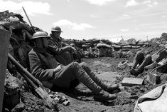WWI soldiers trench BW