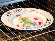 Make a Hand-Painted Cookie Plate for Santa : Decorating : Home & Garden Television