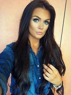 Hate the duck face but, Gorgeous Long Dark Brunette Hair - Makeup Dark Brunette Hair, Dark Hair, Brown Hair, Box Braids Hairstyles, Pretty Hairstyles, Love Hair, Gorgeous Hair, 70s Hair, Corte Y Color