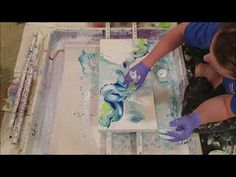 phthalo blue and lime green are a match made in heaven Sketch Painting, Pour Painting, Oil Painting Abstract, Diy Painting, Acrylic Pouring Techniques, Acrylic Pouring Art, Acrylic Art, Liquid Paint, Collage Techniques