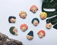 Super adorable handmade ceramic magnets by Artist Junty - Super adorable handmade ceramic magnets by Artist Junty Polymer Clay Crafts, Diy Clay, Polymer Clay Jewelry, Clay Beads, Ceramic Jars, Ceramic Pottery, Slab Pottery, Thrown Pottery, Keramik Design