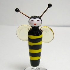Mrs. Bee Glass Lampwork Bead by Tracy Jerrell Akhtar