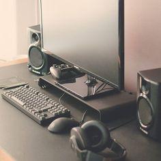 PC In Style via @mrrej89   Follow Us! @designyourworkspace #designyourworkspace by designyourworkspace